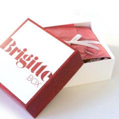 Heute möchten wir Euch die aktuellste Ausgabeder Brigitte Box vorstellen. Unsere Tina hat sich die Beautybox einmal genauer ansehen dürfen. Über die Brigitte Box: Die BRIGITTE Box enthält 6-10 Beauty-News – die sorgfältig von der BRIGITTE Beauty-Redaktion ausgewählt wurden. Als Bonbon liegen jeder BRIGITTE Box Trends aus der […]