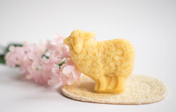 Pflegendes und Nützliches für das Bad - Unschuldslamm oder das reine Schaf