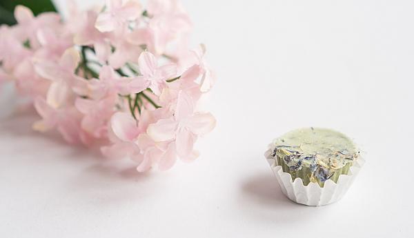Pflegendes und Nützliches für das Bad - Badepraline Lavendel