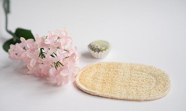 Pflegendes und Nützliches für das Bad - Luffa Seifenkissen Oval