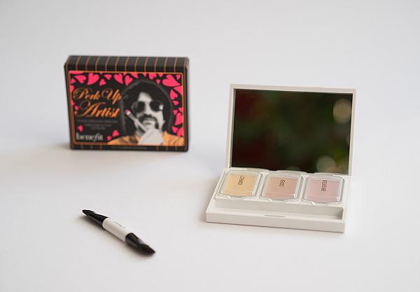 Dekorative Kosmetik und Duft von Benefit - perk up artist