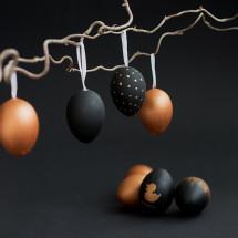 Schon lange haben wir keine DIY-Posts mehr geschrieben. In den nächsten Tagen werden wir einige Kreativ-Ideen veröffentlichen, denn Ostern steht vor der Tür und wir möchten Euch einige Dekovorschläge und Anregungen zum selbermachen vorstellen. Heute zeigen wir Euch Ostereier im edlen Look. DIY – Ostereier im edlen Look […]