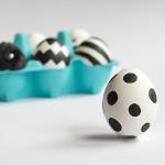DIY – Ostereier im angesagten schwarz-weiß Look