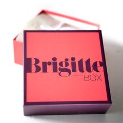 Vor einigen Tagen erhielten wir dieBRIGITTE Box Nr. 5/2017 im Oktober 2017. Diese Ausgabe der tollen Beautyboxenthielt einige echt spannende Produkte die wir Euch heute zeigen möchten.  Die BRIGITTE Box Nr. 5/2017 im Oktober 2017 Callusan – HANDplus Das sagt die Produktbeschreibung: Dank innovativer Kaltschaum-Technologie bietet das […]