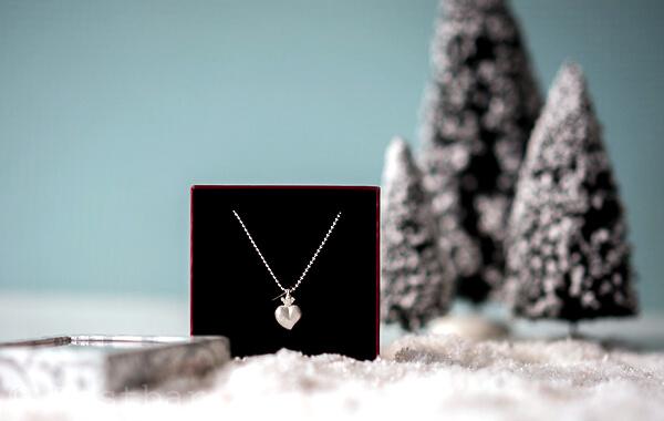 Heartbreaker -Crown of my Heart Herz Anhänger aus Silber inklusive45 cmKugelkette aus Silber