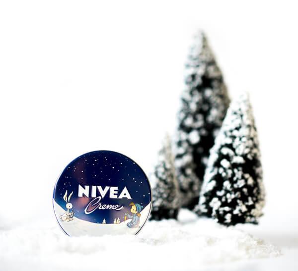 Kleine Mitbringsel zu Weihnachten - NIVEA Creme in der Winteredition