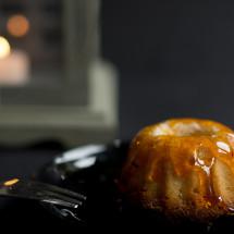 Ich wollte schon immer mal die kleinen süßen Minigugelhupfe backen die man auf einigen tollen Food-Blogs bestaunen kann. Gesagt, getan – vor einiger Zeit habe ich diese gebacken und sie schmeckten wirklich köstlich. 🙂 Man kann die kleinen Küchlein beispielsweise sehr gut zu einem Picknick mitnehmen. Sie würden […]