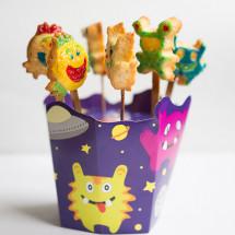 Bald ist Halloween und wir haben einige tolle Produkte gefunden die dem Halloweenabend ein tolles Ambiente verpassen – die MonsterPops für Kuchen am Stil und das Anti Monster Spray für die jenigen die sich die Monster vom Hals halten möchten. Entdeckt haben wir all diese Produkte im Onlineshop […]