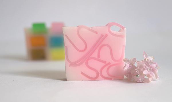 Geschenktipps - Pflanzenseife - Tickled Pink - Bomb Cosmetics