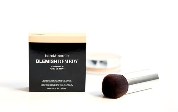Blemish Remedy Foundation von BareMinerals