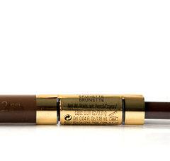 DerRevlon Brow Fantasy ist ein 2 in 1 Produkt. Er kommt mit Stift und Gel. Er füllt die Augenbrauen auf und gibt ihnen Form, Farbe und Definition. Unsere Nadine hat sich diesen Stift einmal genauer angesehen. Revlon Brow Fantasy Pencil & Gel Das sagt die Produktbeschreibung: Gibt den […]