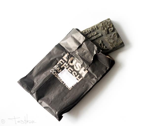 Natürliche Haarfärbung mit Lush - Noir Henna für schwarzes, glänzendes Haar