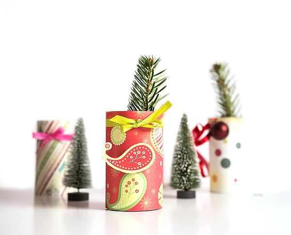 Vasen und kerzenhalter basteln mit den designpapieren weihnachten von folia lifestyle blog - Kerzenhalter basteln ...