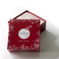 Die aktuelle Sanicare Box steht ganz unter dem Motto Eucerin & Friends. So findet sich eine kleine Palette von Eucerin Probiergrößen in der Box aus dem Hause Sanicare. Aber auch andere Produkte haben ihren Platz in dieser Apothekenbox gefunden. Welche das im einzelnen sind, zeigen wir Euch in […]