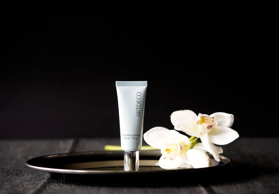 Moisturizing Skin Tint - Erfrischende getönte Tagescreme für den Sommer von Artdeco