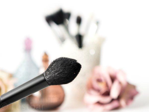 Powder Brush von Reviderm