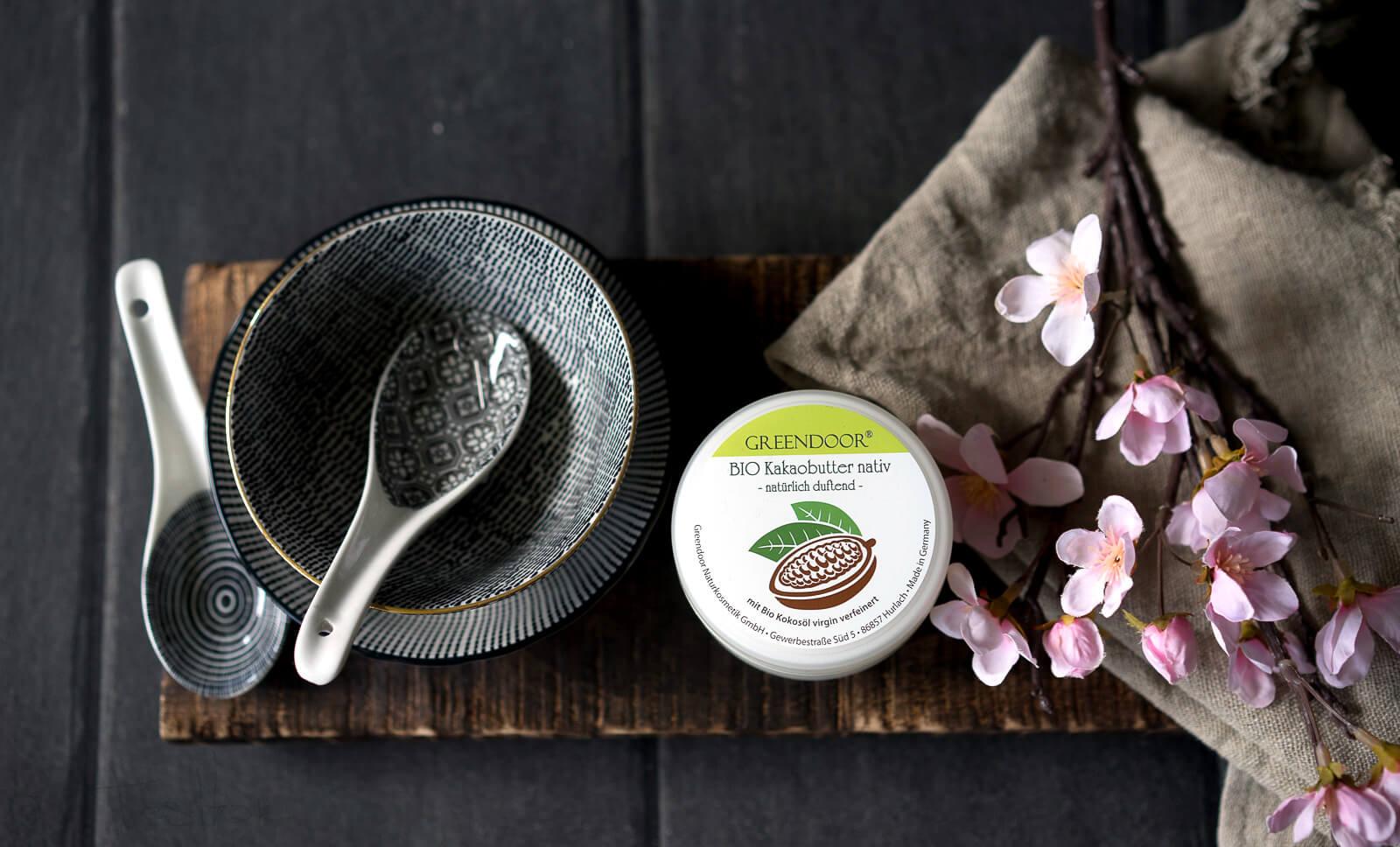 Bio Kakaobutter nativ unraffiniert und vegan - Natürlich duftende Körperbutter, Gesichtspflege