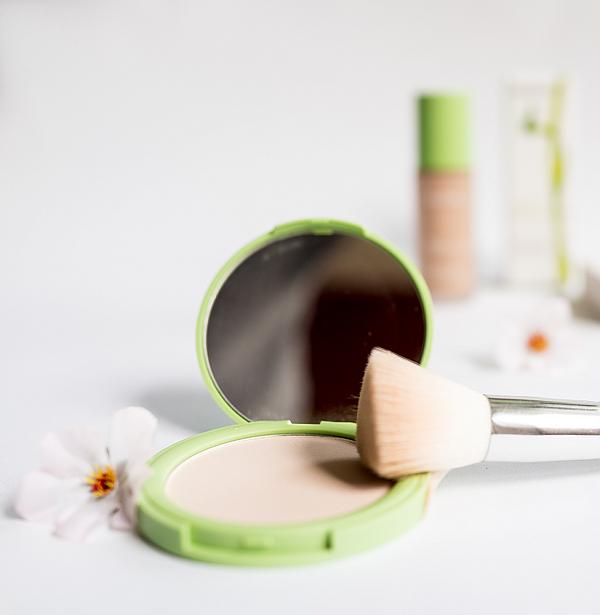 Deadsea algae compact powder