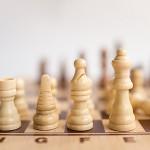 Jeujura Schach und Dame aus Holz