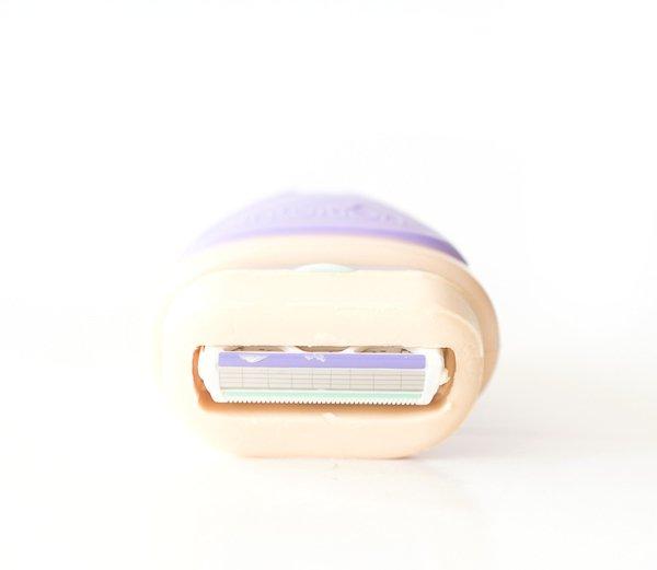 Gewinnspiel - Das besonderes Dufterlebnis mit dem Wilkinson Intuition Dry Skin