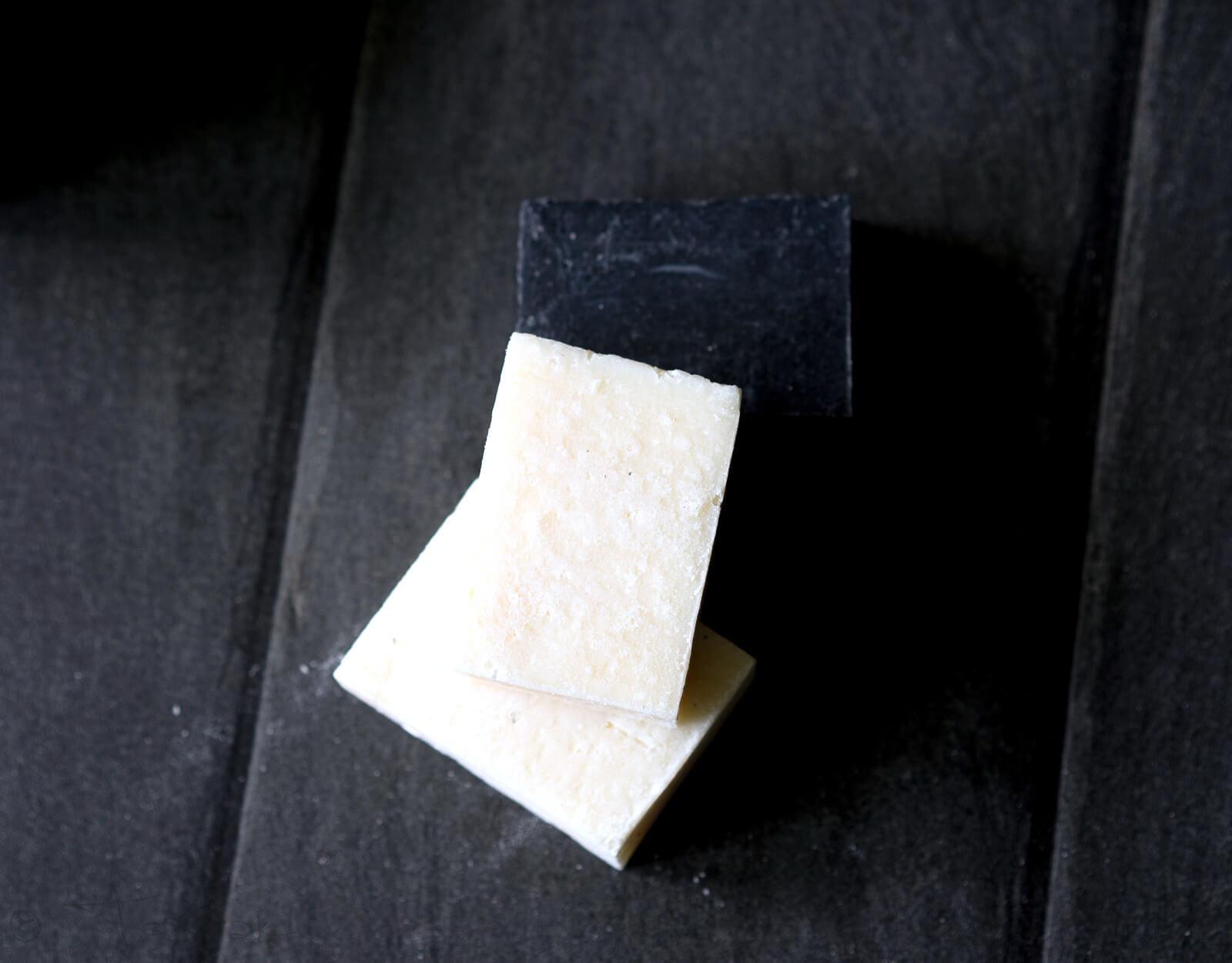 Deo Creme und handgeschöpfte Seife von Walde - Tolles Black & White-Set zu gewinnen