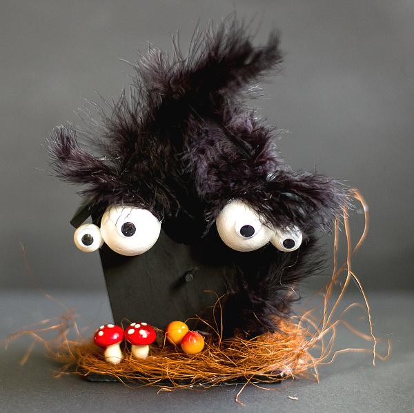 Gruselige Dekoideen Halloween Kulleraugen Fledermaushaus Zum Selbermachen Die Testbar Schonheit Anti Aging Kosmetik Reviews Gewinnspiele